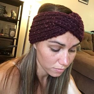 NEVER BEEN WORN Deep purple knit headband